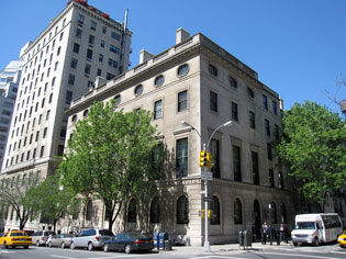 Council on Foreign Relations HQ at 58 East 68th Street and Park Avenue